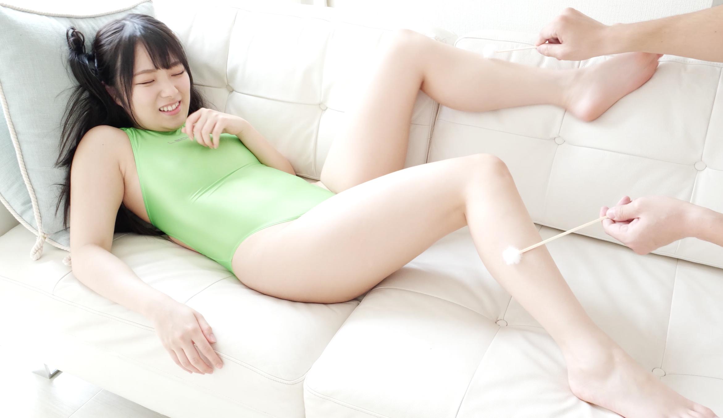 とっても可愛いミニマム人気女優 平 花ちゃんのくすぐり動画!(パッケージ画像)
